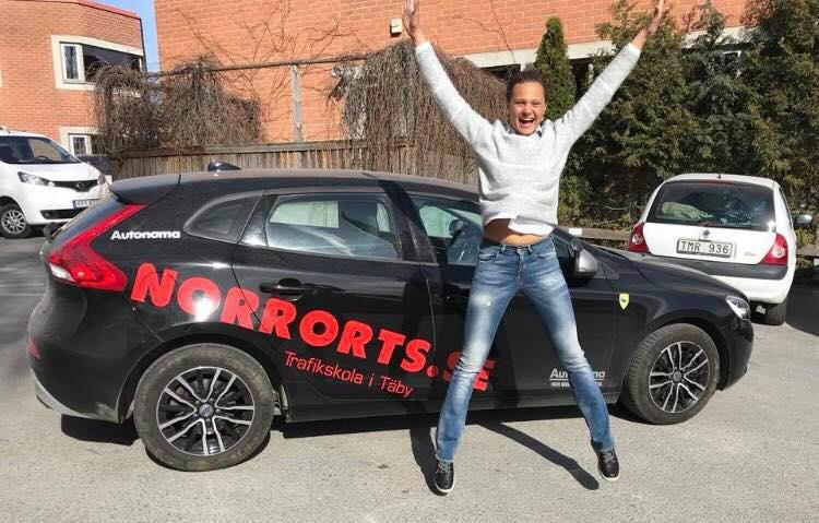 Ta ditt körkort med Norrorts trafikskola